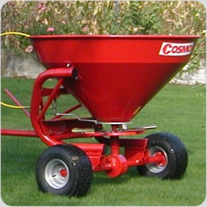 Cosmo Push-Pull Spreader Attached - PTO Shaft Spreader